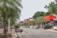 OYO 681 Paradise Hotel