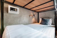 OYO 685 Am Bed Hostel