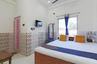 SPOT ON 70512 Hotel Tarutat