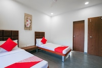 OYO 70540 Hotel Green-acre
