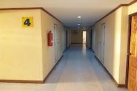 OYO 702 Chaiyaphruk Grand Hotel