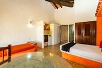 Capital O Hotel Plaza Tucanes