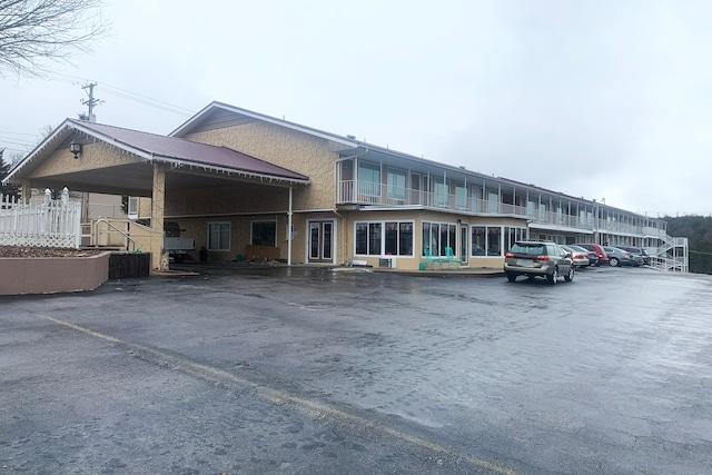 Hotel Branson MO-165
