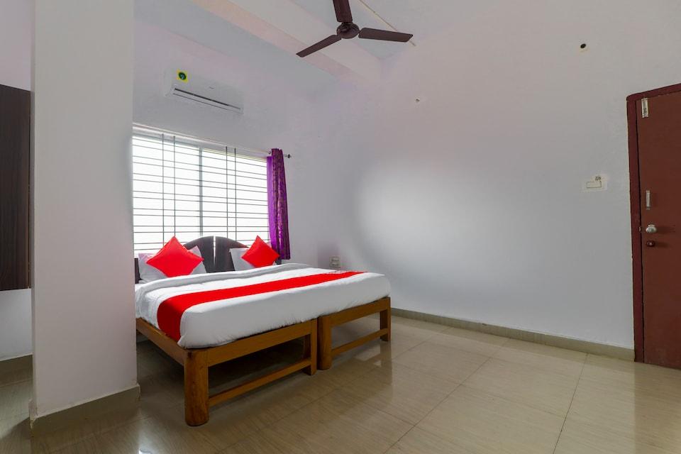 OYO 70570 New Vishwa Resort & Lodging