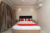 OYO 70574 Chowdhury Lodge