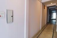 OYO 70586 Hotel Sobo Central