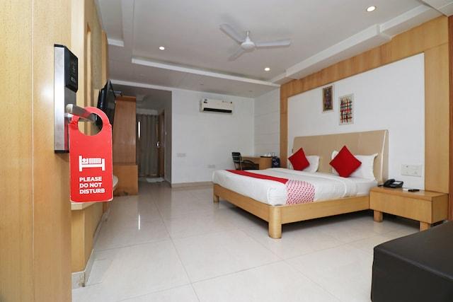 OYO 5843 Hotel Yash Inn Deluxe