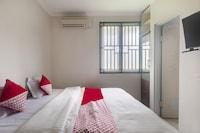 OYO 3049 Scientia Dormitory Syariah