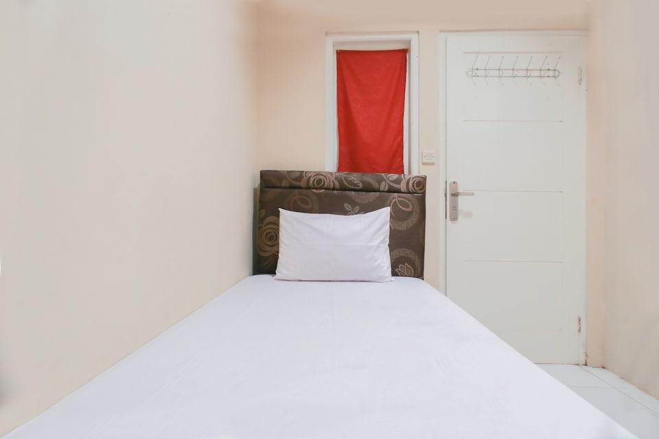 OYO Life 3061 Caraka Residence