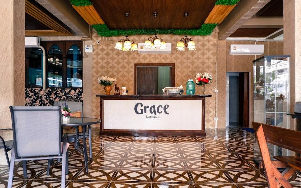OYO 718 Grace Hostel