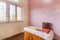 OYO 70628 Mamta Palace