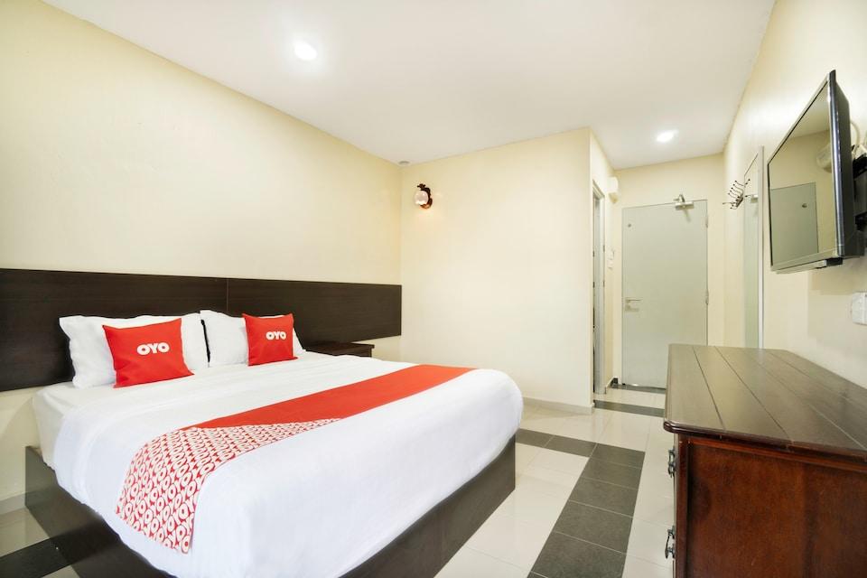 OYO 89960 Manjung Inn Hotel