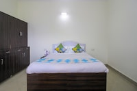 OYO Home 70640 Decent Cottage Padampuri
