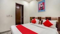 OYO 70651 Kashyap Residency