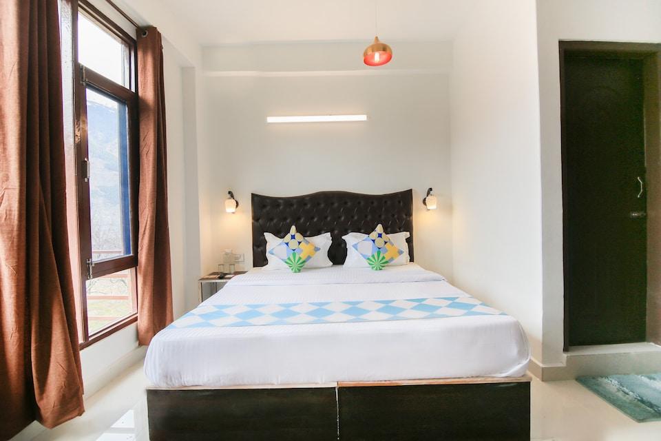 OYO Home 70699 Elegant Studio Naggar Road