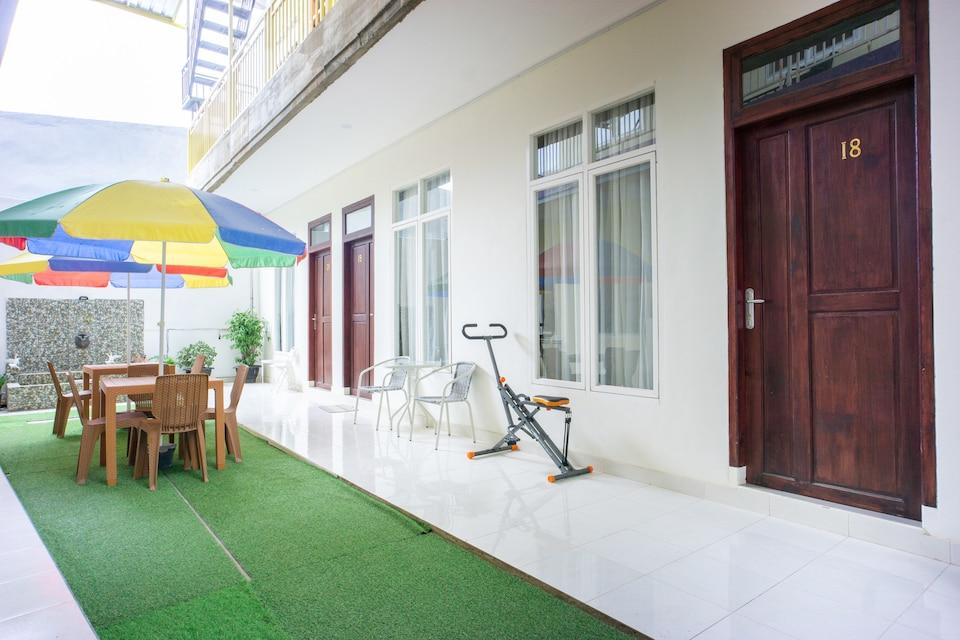 OYO 3139 Naya Guest House Syariah
