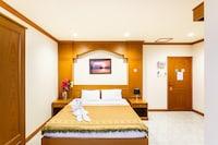 OYO 739 Presley Guesthouse Phuket