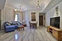 OYO 490 Home Marbella 2 BR