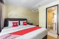 OYO 89978 Hotel Grand Maria