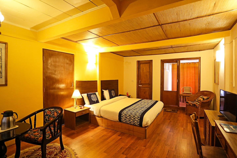 OYO 5874 Hotel Shambha La -1