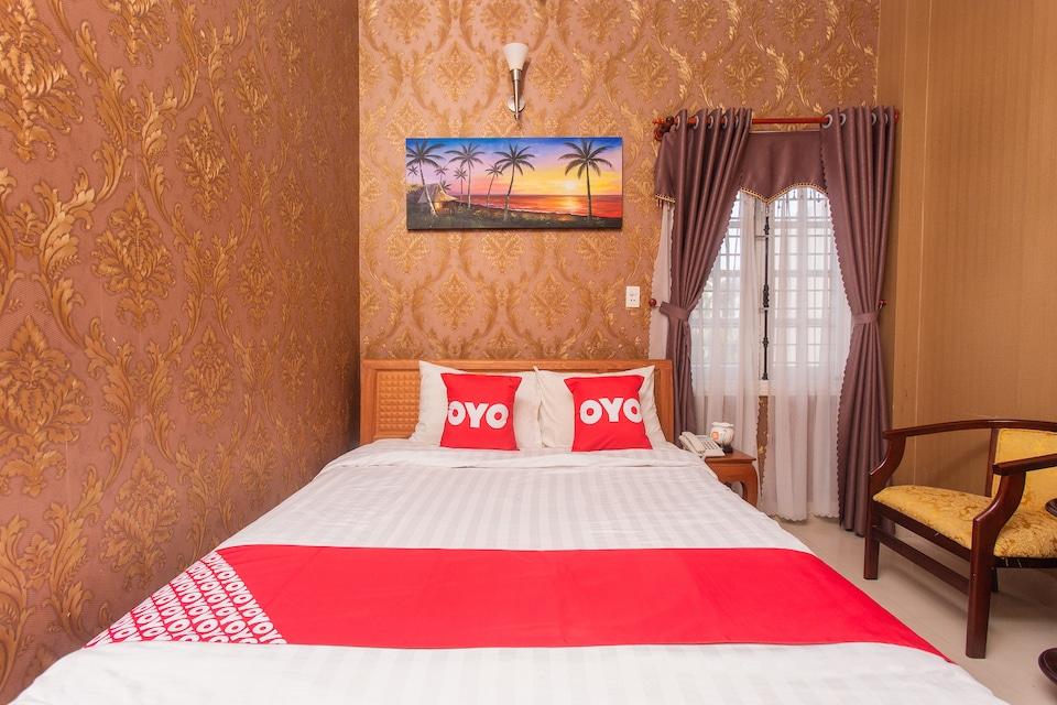OYO 956 Hung Thinh Koreana Hotel