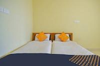 SPOT ON 70851 Rr Hotel