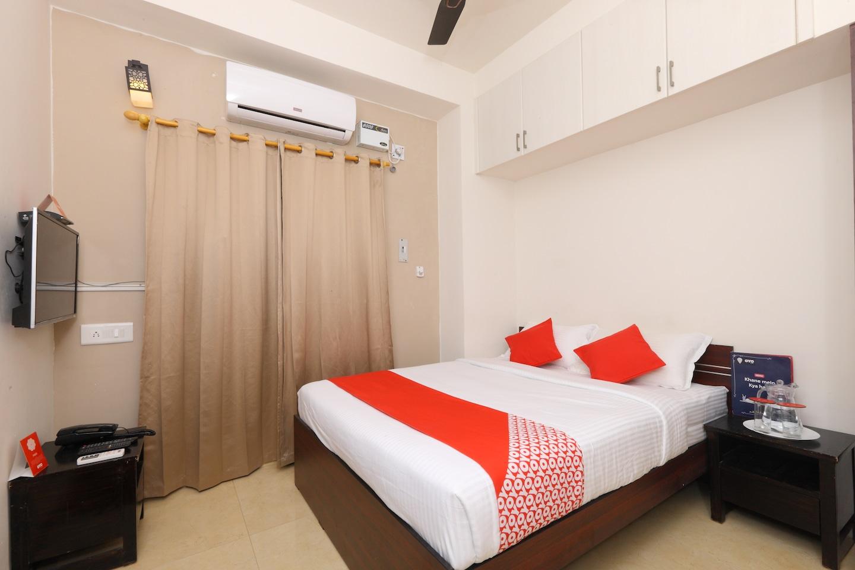 OYO 5890 Eben Service apartments -1