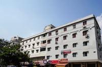 OYO 70927 Hotel Hyderabad Continental