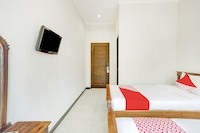 OYO 3156 Hotel Warta Dua