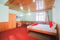 OYO 71019 Hotel Versay Regency