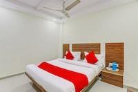 OYO 71099 Hotel Star