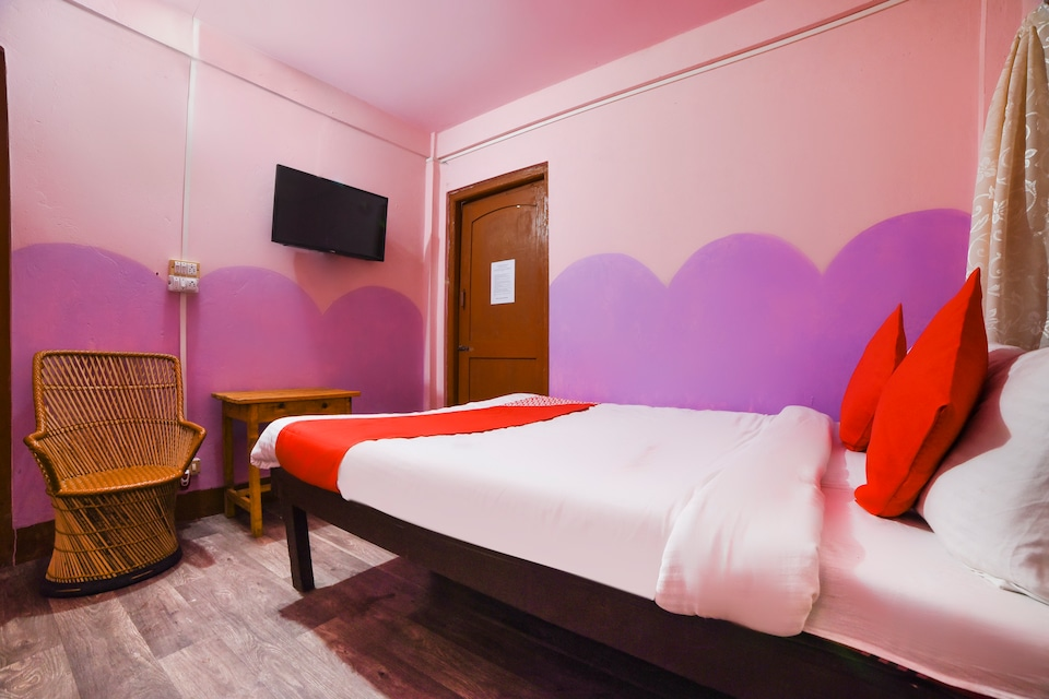 OYO 71118 Mantra Guest House