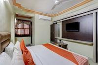 OYO 71131 Hotel Shree Anjani