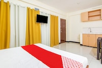 OYO 578 Red Velvet Suites