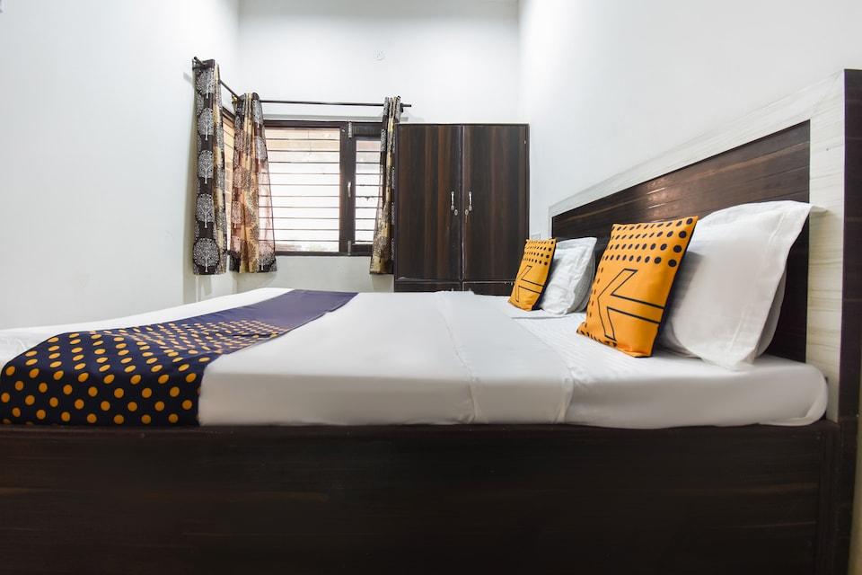 SPOT ON 71195 Kl Guest House
