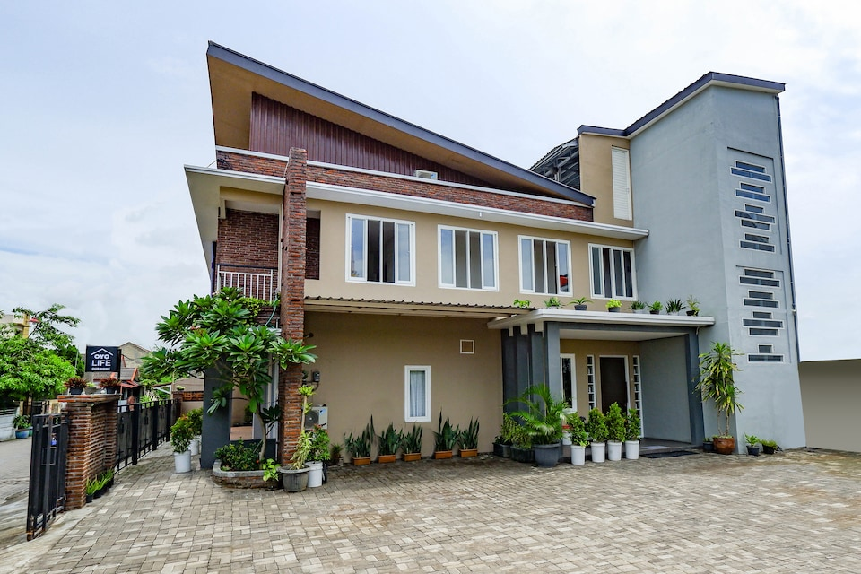 OYO Life 3171 Our Home, Semarang Timur, Semarang