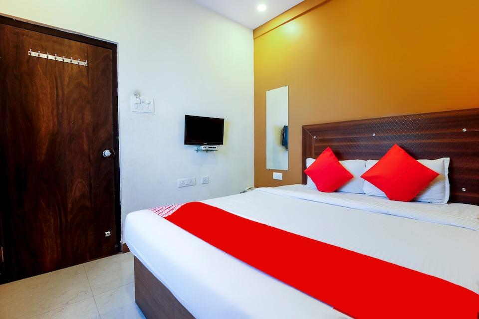 OYO 71244 Hotel Saba Service Apartments, Abids-Nampally, Hyderabad