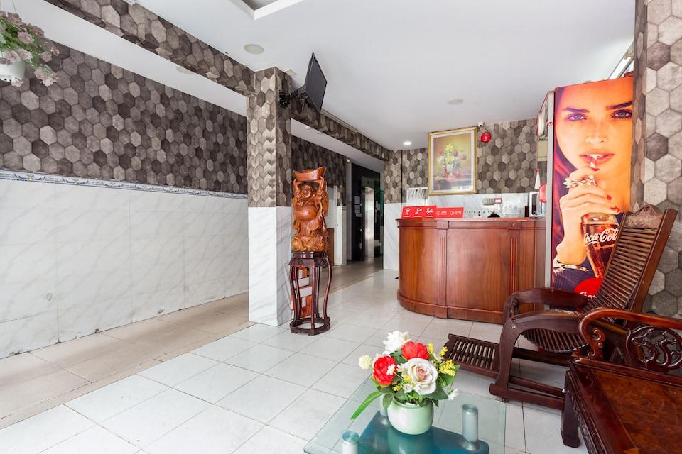 OYO 996 Hoang Tuan Hotel