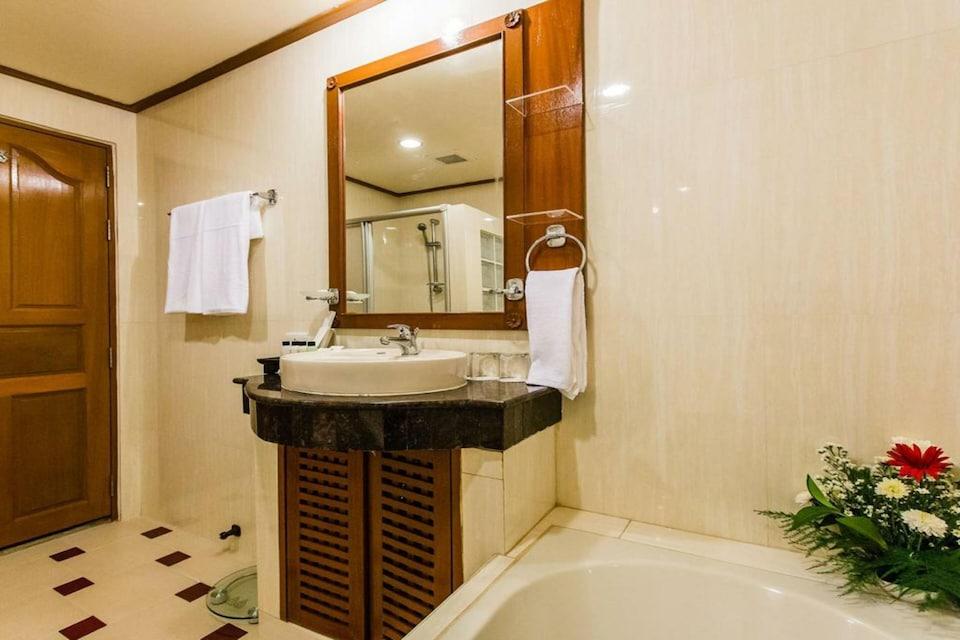 OYO 796 Paradise Sukhumvit Hotel