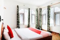 OYO 71349 Hotel Pine Green
