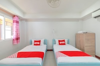 OYO 799 Pudsadee Hotel