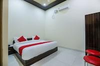 OYO 71380 Hotel Viom