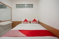 OYO 3209 Hegarbudhi Residence
