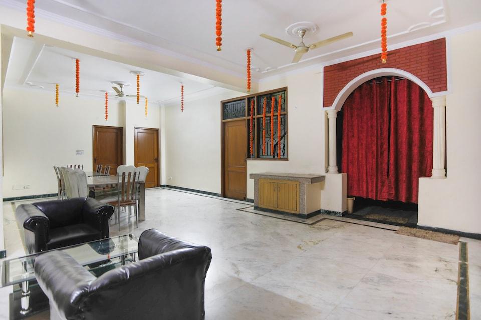 OYO 71435 Prakash Apartment