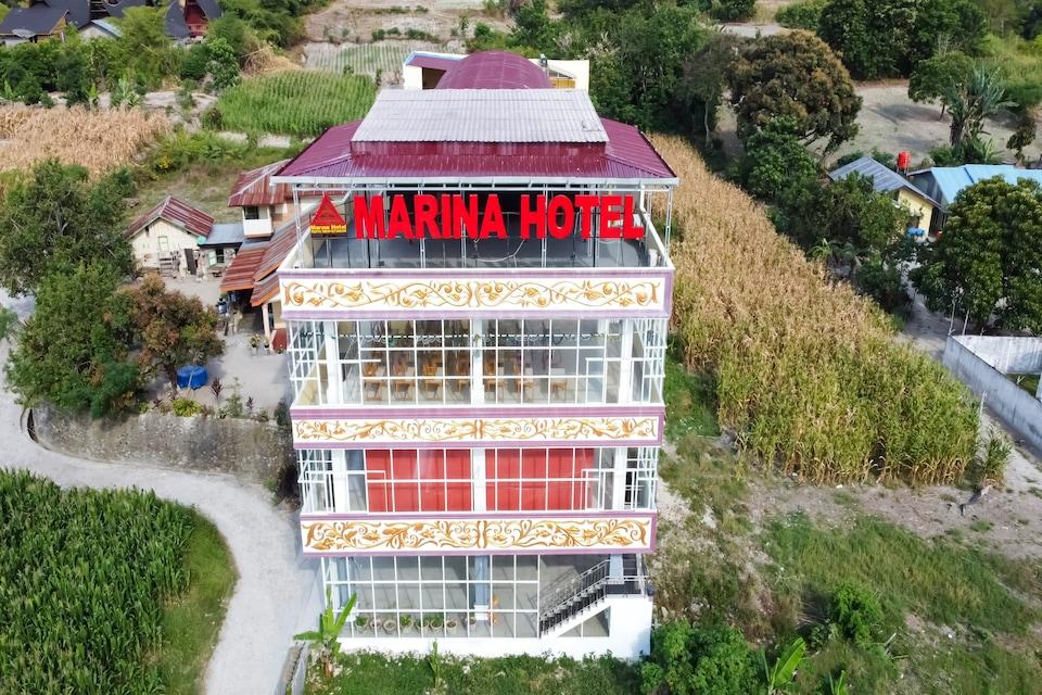 OYO 3215 Marina Hotel, Samosir, Samosir