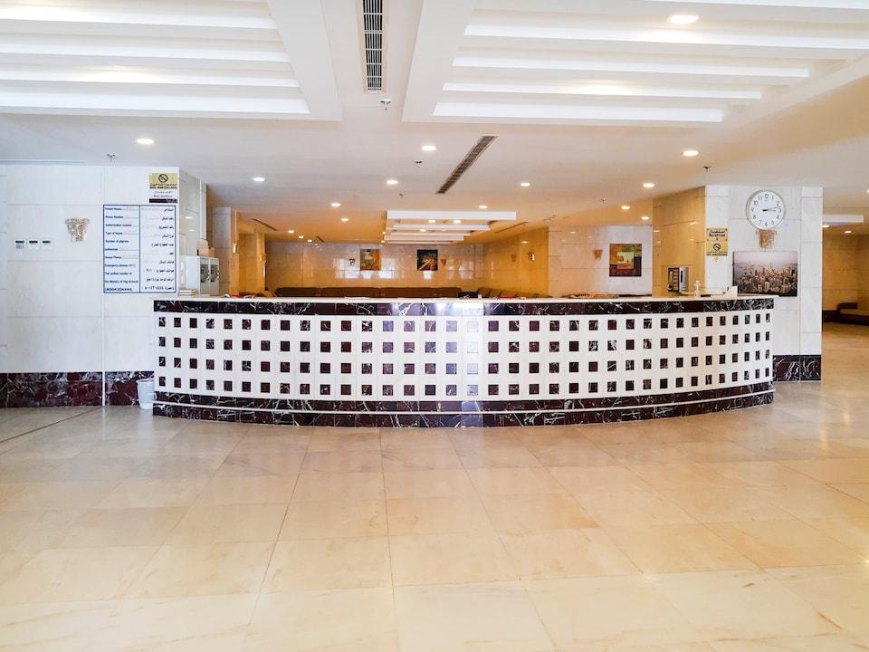 OYO 448 Eskan 8 Hotel