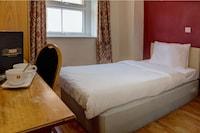 OYO Baylis House Hotel