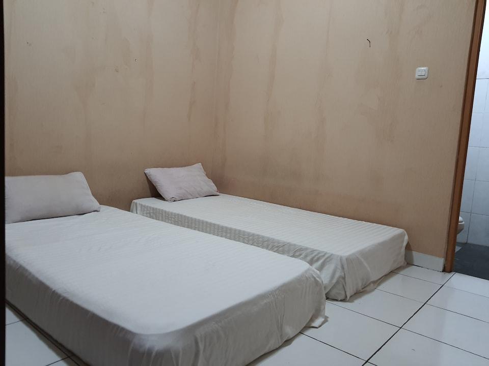 OYO 3260 Rooftop Residence