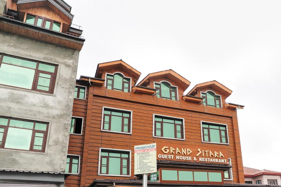 OYO 71508 Hotel Grand Sitara