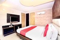 OYO 5956 Hotel Continental Inn 42